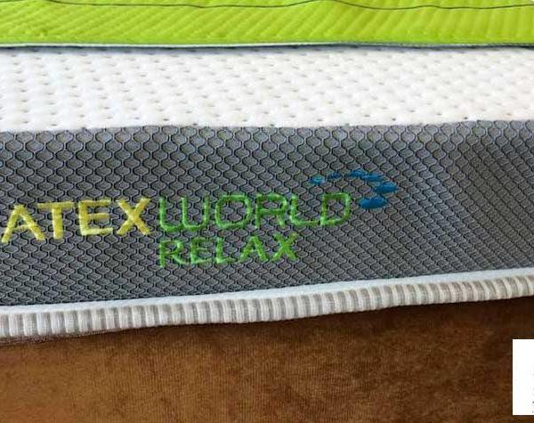 vải bọc đệm cao su Dunlopillo nhâp khẩu có tính năng Nanobionic. Áp dụng công nghệ AirTech và Bodyfit thông khí thoáng mát tối đa.