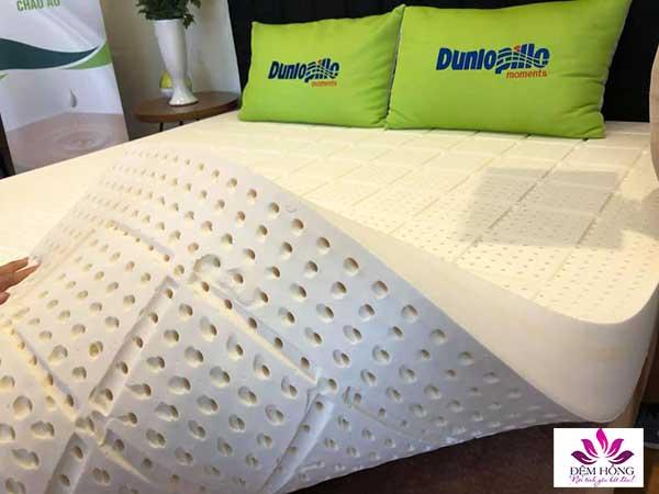 Đệm cao su Dunlopillo tiêu chuẩn EU sử dụng được cả 2 mặt