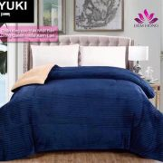 Địa chỉ cung cấp chăn lông cừu Queen Yuki mỏng xanh lavi